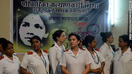 Indian nurses gather to pay their respect for Aruna Shanbaug at a hospital in Mumbai on May 18, 2015.