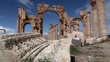 ISIS controls ancient city of Palmyra