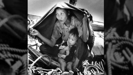 pkg amanpour vietnam migrants_00004605.jpg