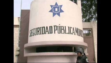 cnnee pkg rodriguez mexico chilapa _00011609