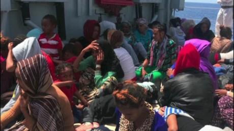 cnnee intvw montero cafe migrants mediterranean_00014406