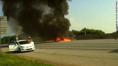 vo georgia highway plane crash dashcam_00002728