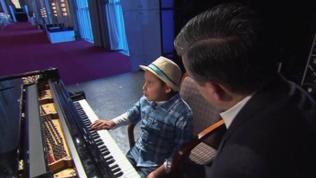 cnnee dir child piano prodigy jose andre montano_00031703