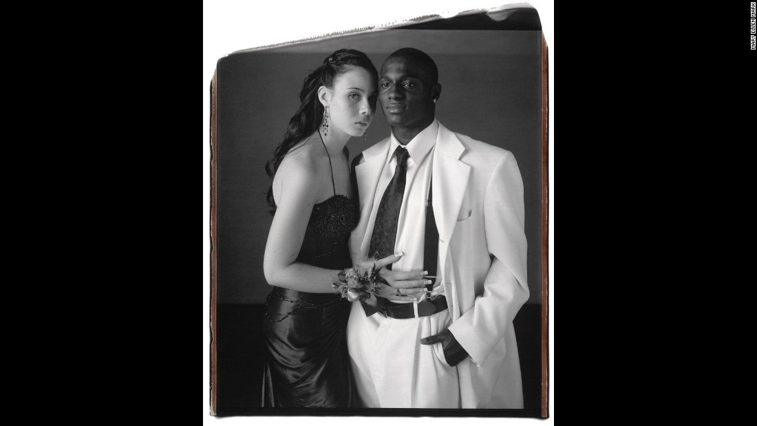 Samantha Monte and Khalil Samad pose in Staten Island, New York, in 2006.