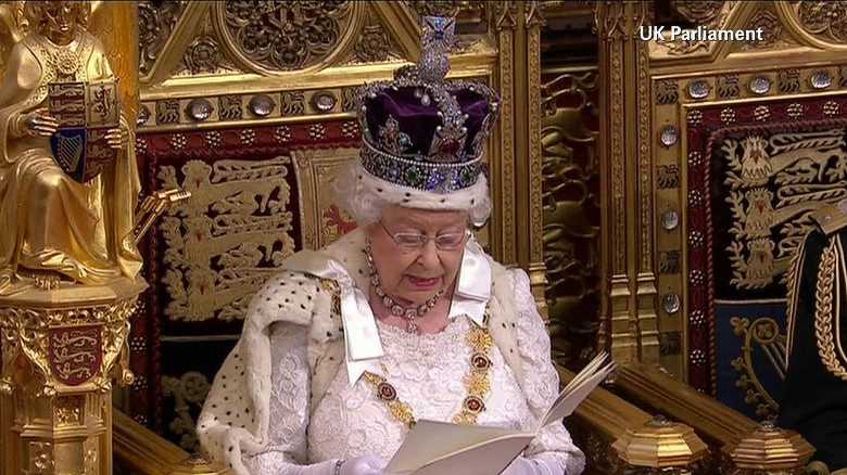 uk queens speech foster pkg_00012926