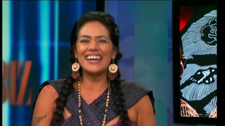 cnnee show intvw lila downs_00055826