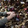 03 paris love locks 0530