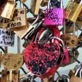 02 paris love locks 0530 RESTRICTED