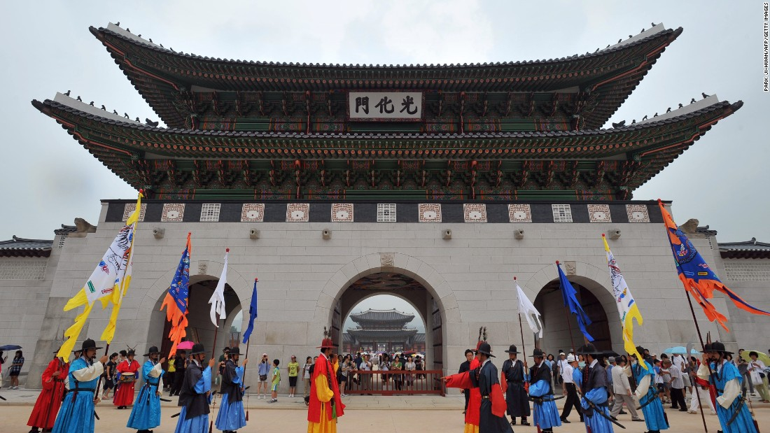 One of many reasons tourists are attracted to Seoul -- historic palaces. The city expects to see 10.2 million international visitors in 2016, ranking it in 10th place in terms of popularity with global travelers. Click through the gallery to find out the most popular city.
