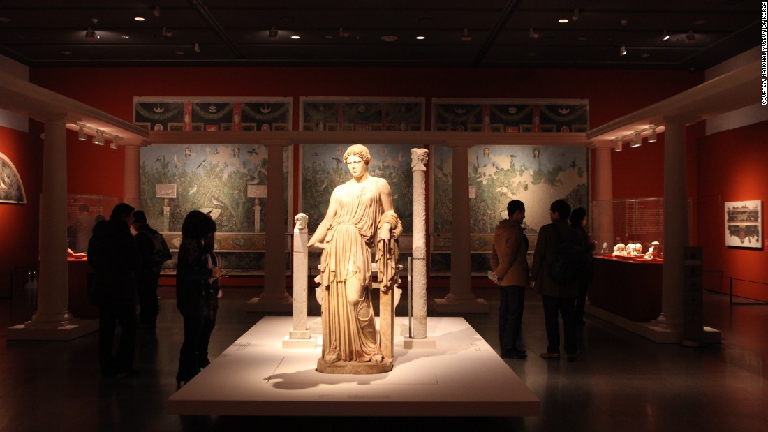 New to the top 20, the National Museum of Korea welcomed more than 3.5 million visitors in 2014, representing a 16% jump in attendance.