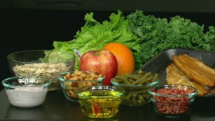 Mediterranean diet linked to lower risk of heart attack, stroke