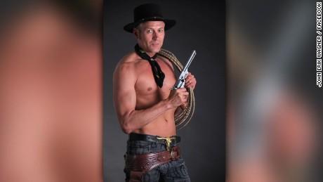 naked cowboy politician denmark walker pkg_00011021