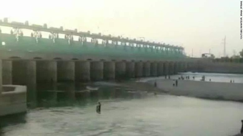 ISIS controls dam, uses water as a weapon