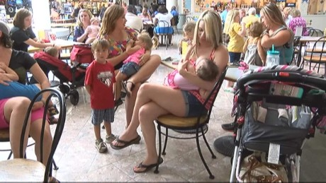 Moms stage 'nurse-in' to protest breastfeeding policy