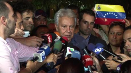 cnnee pkg hernandez felipe gonzalez in venezuela_00010801