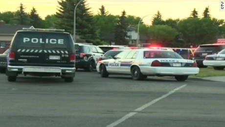 Canadian police officer fatally shot serving warrant orig_00011710