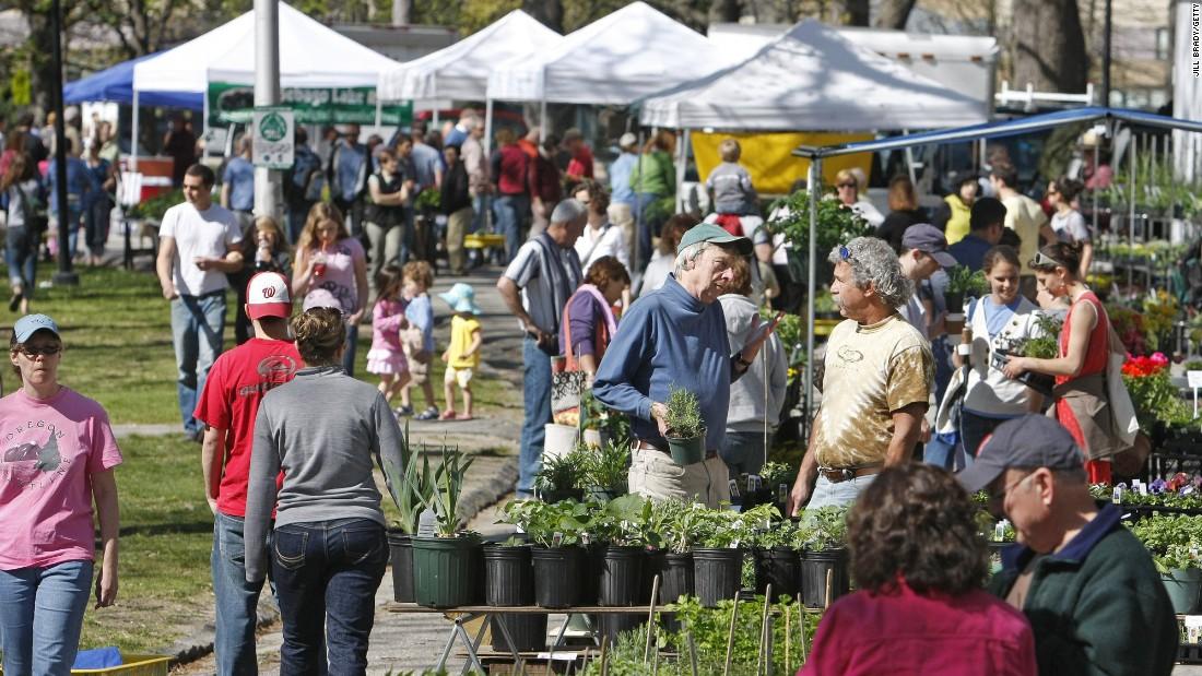 Portland Farmers Market at Deering Oaks Park