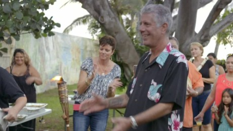 shep gordon party hawaii bourdain_00011804