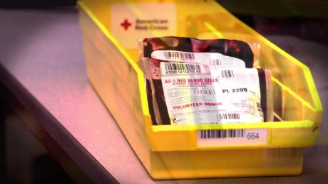 cnnee pkg azaret blood donations_00000000.jpg