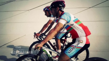 otr azerbaijan cycling paula newton pkg _00010927