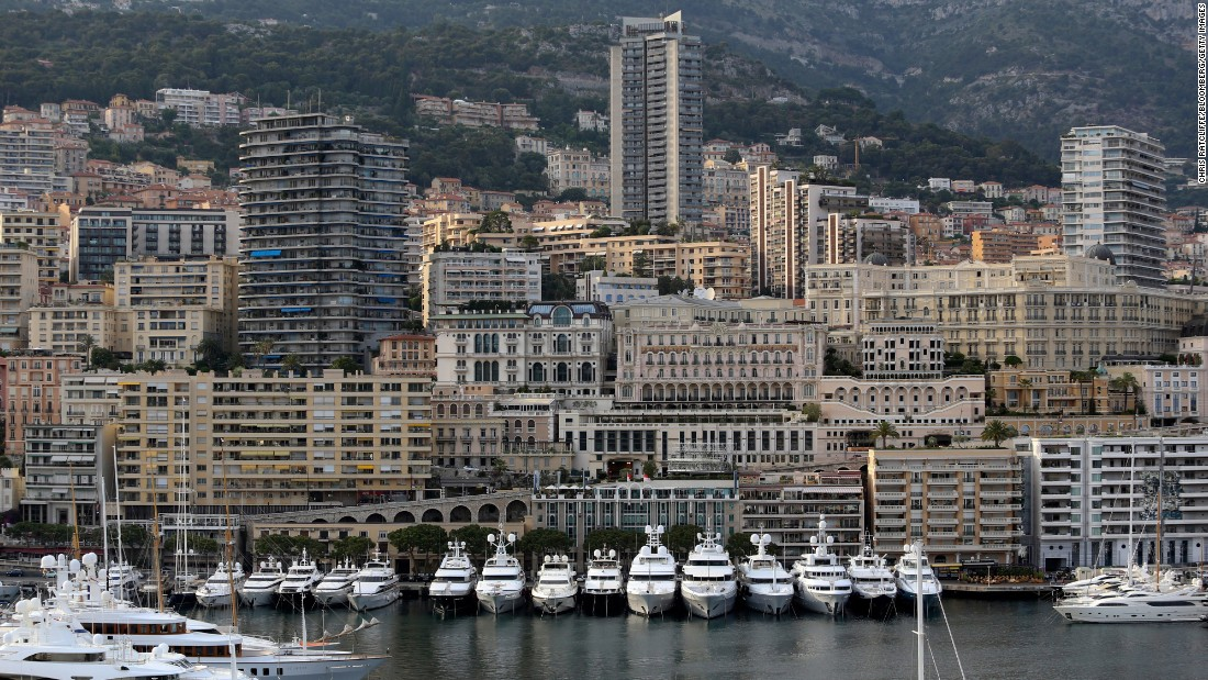 "Monaco residents have the longest life expectancy at birth, according to the <a href=""https://www.cia.gov/library/publications/the-world-factbook/rankorder/2102rank.html"" target=""_blank"">CIA World Factbook.</a> Life expectancy there averages 89.57 years, according to 2014 estimates."