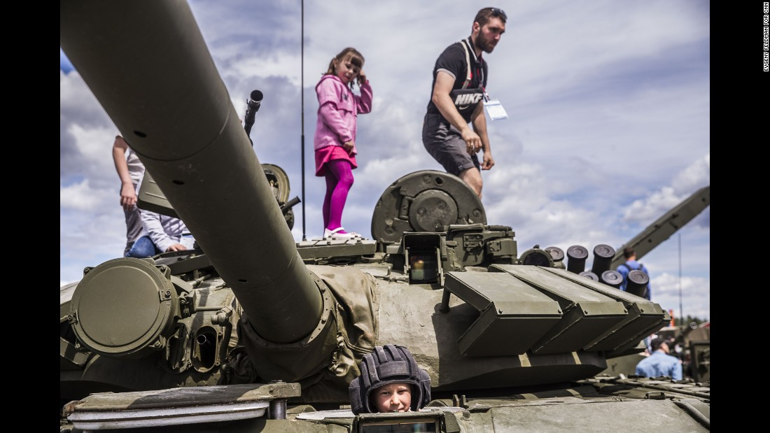 CNN visited Russia's new Patriot Park on the outskirts of Moscow, where civilians get the chance to play around with tanks, missile launchers and other assorted bits of Russian hardware.