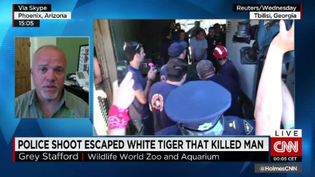 white tiger kills and shot flooding intv cnntoday_00005119.jpg