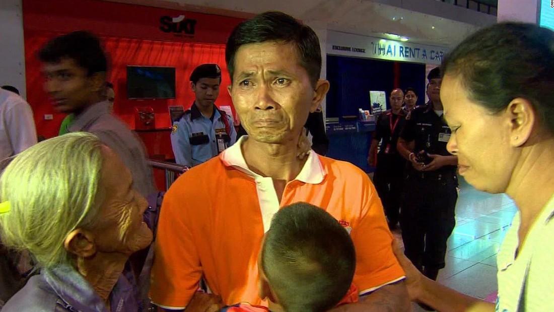 cfp thailand slave laborer fisherman return home pkg_00014311.jpg