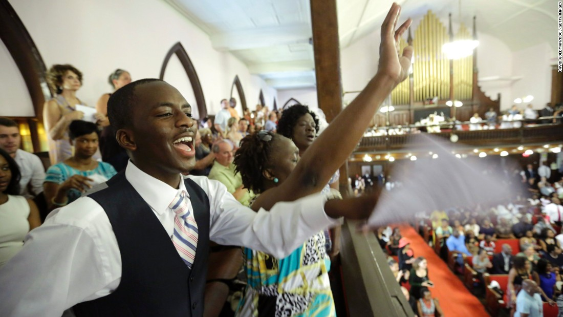 After Charleston shooting, worship returns to Emanuel - CNN
