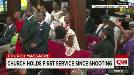 exp Wolf Blitzer talks with Rev. McKain about Emanuel AME's Sunday Service_00002001