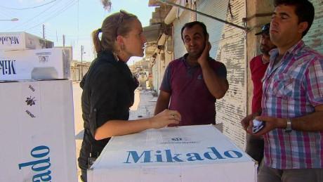 cnnee pkg damon syria life under isis_00005213