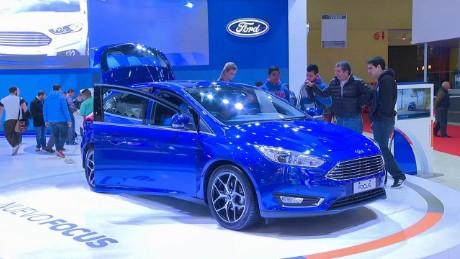cnnee pkg laje argentina automobiles_00000507