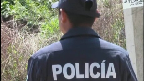 cnnee pkg rodriguez mexico guerrero violence_00005107