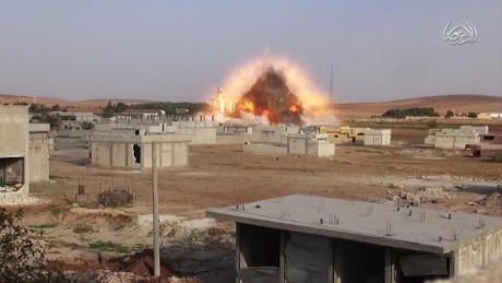 cnnee pkg levy isis counteroffensive in Kobani_00011422