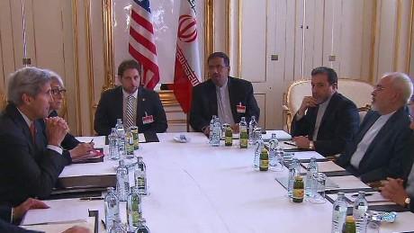 us iran nuclear talks robertson pkg_00000000