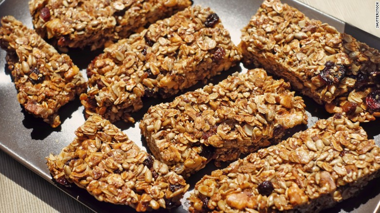 Granola bars are a convenient source of nutrition, but can vary significantly in terms of nutrition.