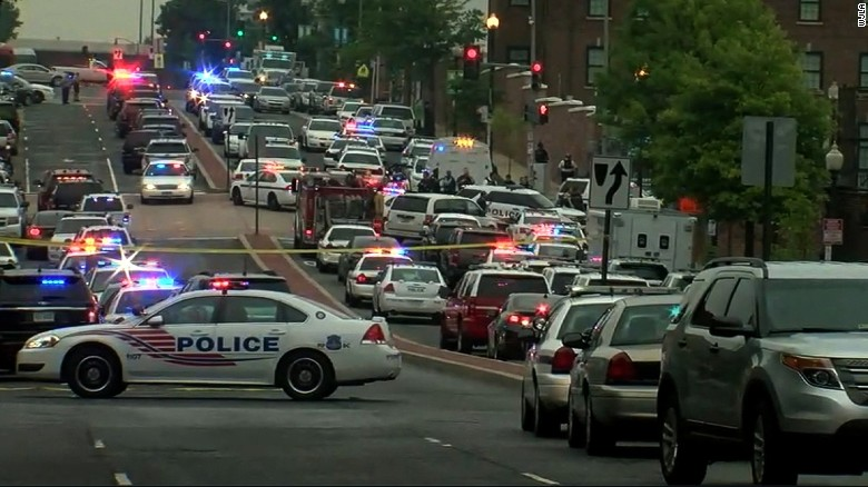 Washington Navy Yard being searched by police