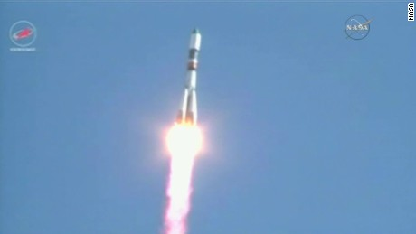 russian rocket launch to iss vo_00003201