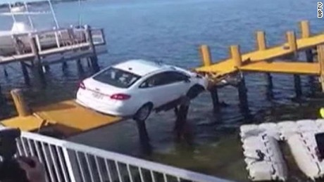 car crashes falls dock pkg_00000905