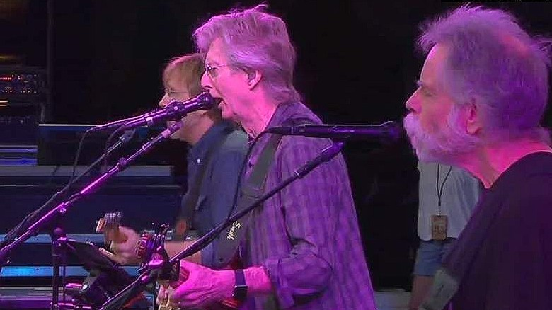 Grateful Dead marks 50 years with concerts in Chicago