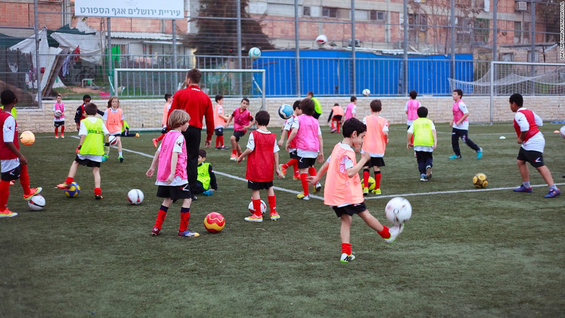 Hapoel Katamon has breathed new life into Israeli football with an all-inclusive approach. The Jerusalem-based club has won admirers from across Europe for programs which bring together children from vastly different backgrounds.