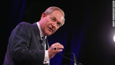 Former Virginia Gov. Jim Gilmore speaks to guests at the Iowa Freedom Summit on January 24, 2015 in Des Moines, Iowa.