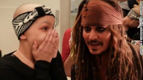 Johnny Depp surprises young girl
