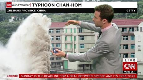 typhoon chan hom shanghai china van dam cnni nr lklv_00001104
