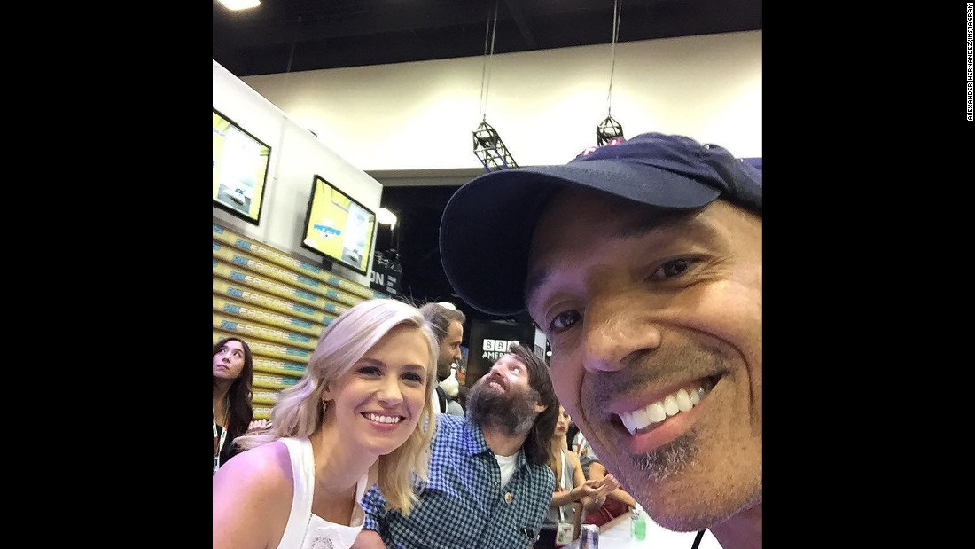 "January Jones took a moment from the ""Last Man on Earth"" autograph signing to pose here."