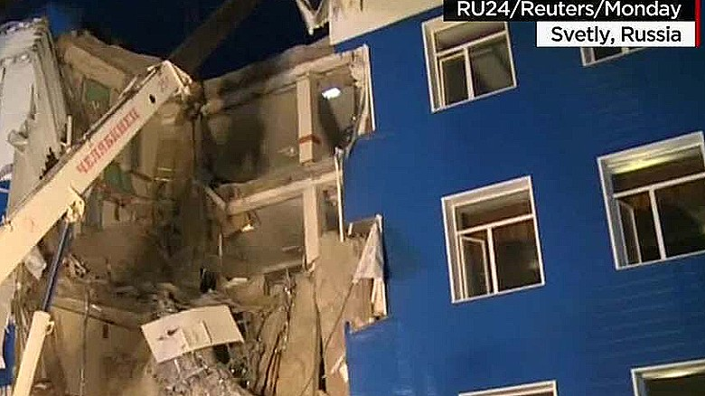 Russia barracks collapse, at least 23 soldiers dead