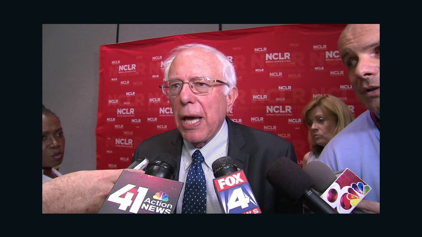 Bernie Sanders: Trump comments on Mexicans an 'outrage ...