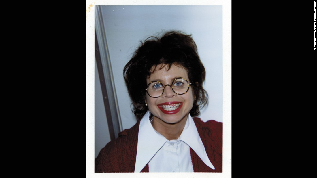Twink Caplan played another teacher, Miss Toby Geist, whose romance with Mr. Hall is orchestrated by Cher.