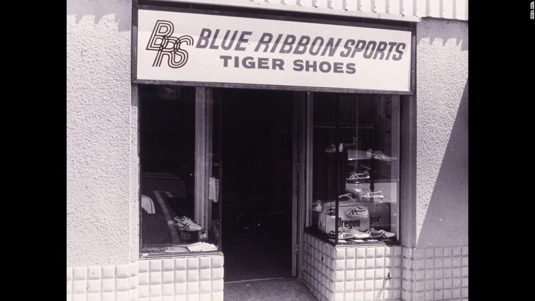Výsledok vyhľadávania obrázkov pre dopyt Blue Ribbon Sport