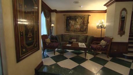 Historic home turns into tourist destination _00000000